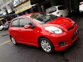 Toyota Yaris E 2012 Merah Metic