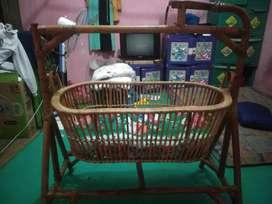 Dijual ayunan bayi masih bagus