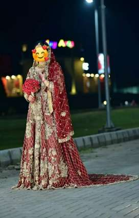 One time used lehnga.actual price 2 lac