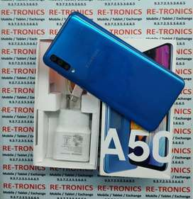 Samsung A50 Color Blue 4GB And 64GB Under Warranty Box And Charger