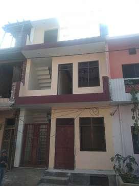 67 YARD DESIGNER DUPLEX HOUSE 42 LAC ((JAGRATI VIHAR GARH ROAD)