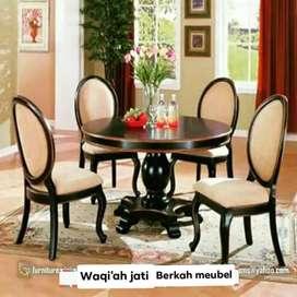 Meja makan bundar minimalis cantik, kursi 4, bahan kayu jati tua asli