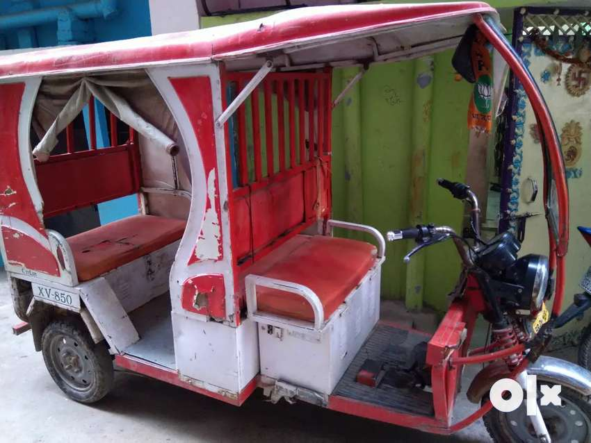 E-rickshaw with new battery Rs95000 0