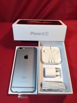 Apple iphone 6s 32 GB. 4 months old with original bill and warrenty