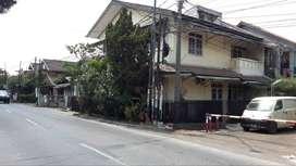 Dijual rumah STRATEGIS Jalan Raya, Arcamanik cocok untuk Rumah USAHA