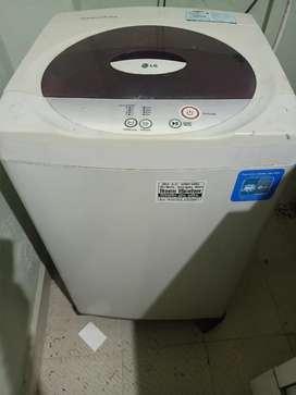 LG Top Load Washing machine ( good Condition)
