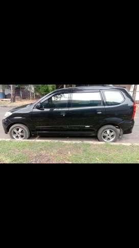 Daihatsu Xenia LI manual hitam 1.0