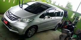 Honda freed type s istimewa