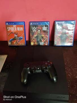 PS4 1TB console with 1 remote control & 6 games