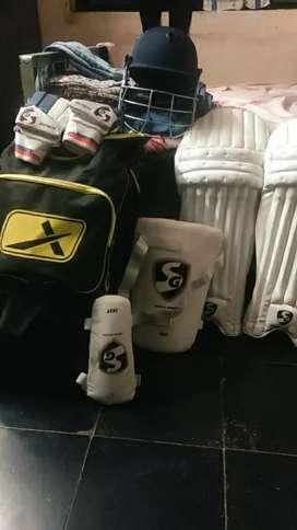 A complete SG cricket kit ,size medium