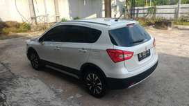 Suzuki Cross AT atau Scross atau SX4