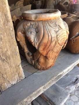 Pot ukir kayu jati
