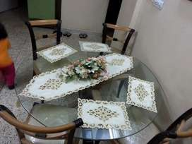 4 chairs and Round tempered glass top