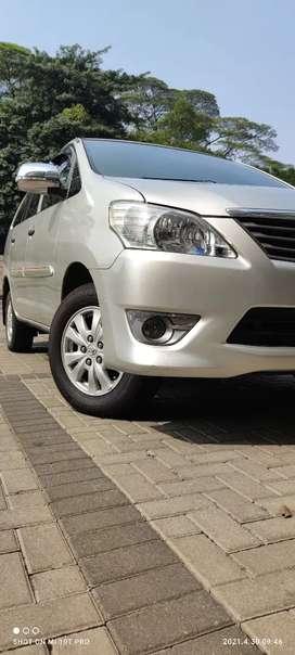 Toyota Kijang Innova E A/T 2013