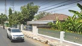 Disewakan Rumah Depan Puskesmas Oro-Oro Ombo Madiun d Tepi Jalan Besar