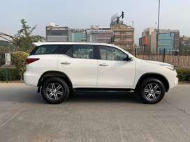 Toyota Fortuner 2.8 4X2 Manual, 2019, Diesel