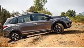 Honda brv 7 seater  rent with diver with a.c