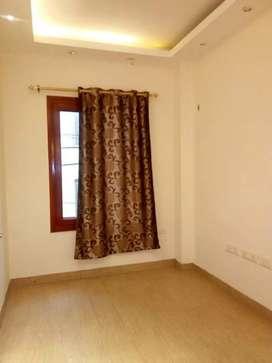 1 BHK builder floor in Saket for rent