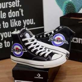 Sepatu Converse Vespa
