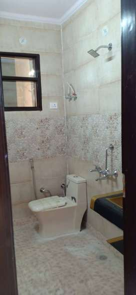 2bhk floor with car parking