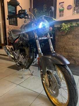 Sepeda motor tiger revo