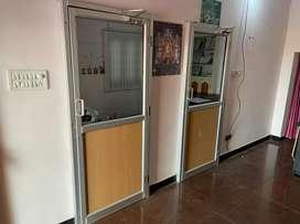 Md table & aluminum doors