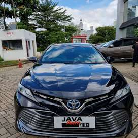 Toyota camry 2.5 hybrid full spec