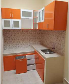 Kicenset/almari dapur