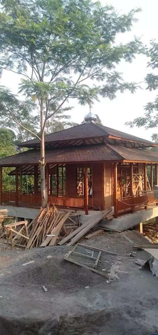 Musholla kayu atap genteng 0