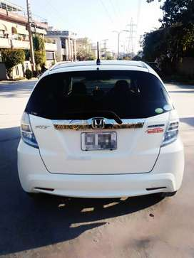Honda fit 2011 modal 2015 import Islamabad number excellent condition