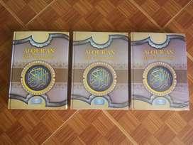Tiga pcs Al-Quran & terjemahannya ukuran Besar