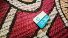 32 gb SD card with adapter HP