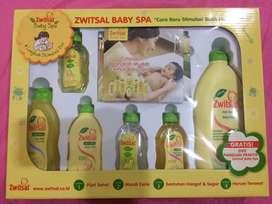 Zwitsal Baby Spa Giftbox - Paket Hadiah Bayi