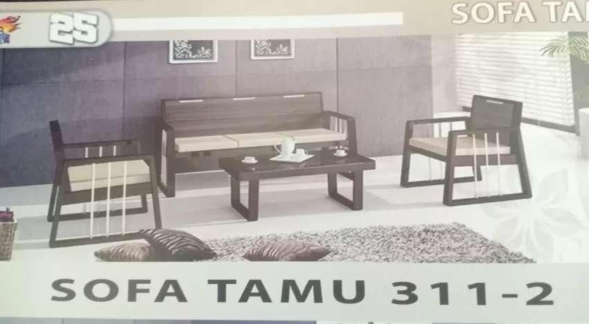 Sofa tamu Siantano