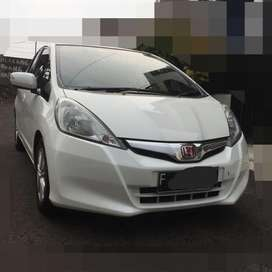 Honda Jazz S 2013 AT white pearl Rp.140.000.000