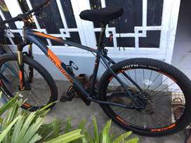 Sepeda Polygon Xtrada 6 tahun 2019 size L. Pemakaian 6bulan