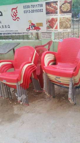 4 tables and 14 chairs for sale in karachi