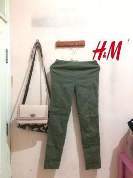 celana h&m army