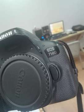 Canon 750D with 18-55 STM