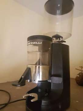 Simonelli automatic Coffee grinder