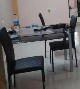 Brand new dining table set. 4 seater