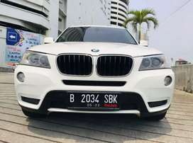BMW X3 DIESEL 2011 WHITE ON RED