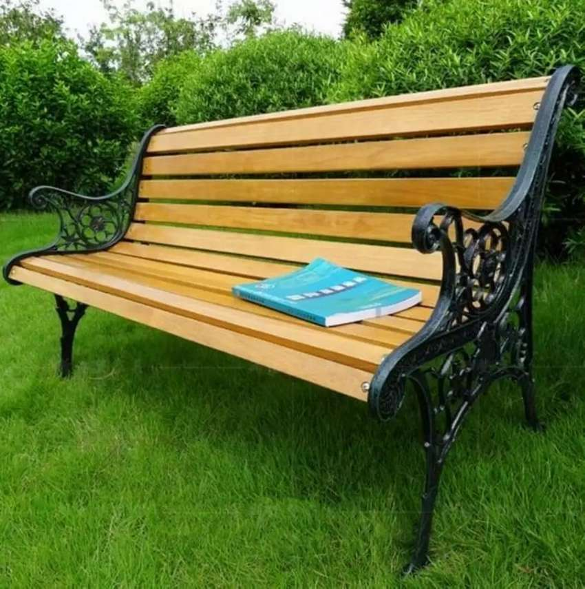 Outdoor park bench & chairs 0