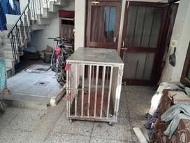 Vry gud condition dog house