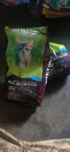 Cat food 2.4kg