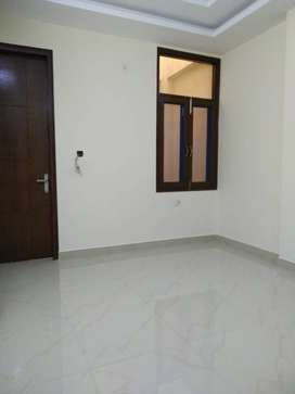 4 Bhk builder flat with lift facility for sale in Vasundhara sec - 10