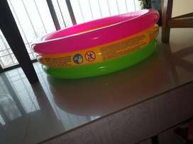 Bath tub for baby boy and also girl