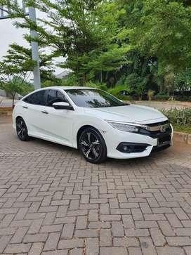 New Civic Turbo 1.5L 2018 White Km 5rb