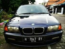 BMW 318i E46 matic 2001 biru ga ada PR siap pake