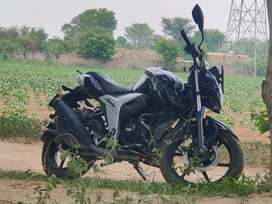 Purchase date 19 apr 2021 only 6500 km runing bike fully new bike